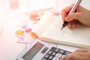 Impôt sur la fortune immobilière (IFI) : faut-il déclarer sa résidence secondaire ?
